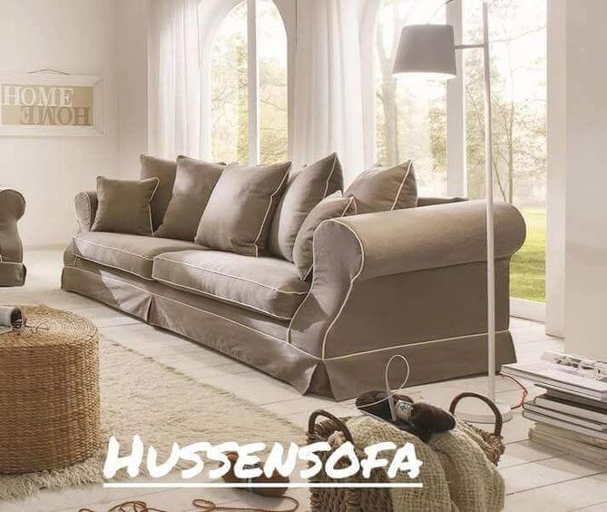 Hussensofa im Wohnzimmer